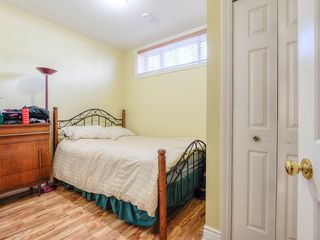 Photo 11: 4008 KINCAID STREET in Burnaby: Burnaby Hospital House 1/2 Duplex for sale (Burnaby South)  : MLS®# R2346188