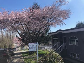Photo 1: 4008 KINCAID STREET in Burnaby: Burnaby Hospital House 1/2 Duplex for sale (Burnaby South)  : MLS®# R2346188
