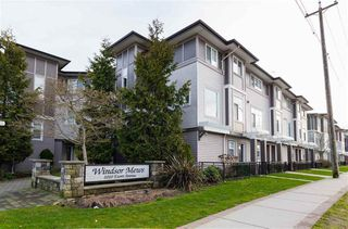 Photo 1: 32 1010 EWEN AVENUE in New Westminster: Queensborough Townhouse for sale : MLS®# R2343402