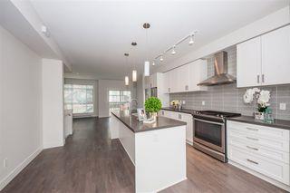 Photo 3: 136 11305 240 Street in Maple Ridge: Cottonwood MR Townhouse for sale : MLS®# R2389210