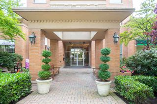 """Photo 19: 401 2580 TOLMIE Street in Vancouver: Point Grey Condo for sale in """"Point Grey Place"""" (Vancouver West)  : MLS®# R2397003"""