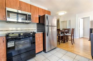 """Photo 7: 404 850 ROYAL Avenue in New Westminster: Downtown NW Condo for sale in """"The Royalton"""" : MLS®# R2400231"""