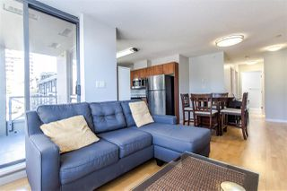 """Photo 4: 404 850 ROYAL Avenue in New Westminster: Downtown NW Condo for sale in """"The Royalton"""" : MLS®# R2400231"""