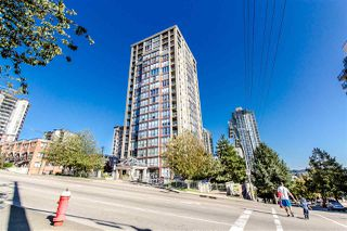 """Photo 1: 404 850 ROYAL Avenue in New Westminster: Downtown NW Condo for sale in """"The Royalton"""" : MLS®# R2400231"""