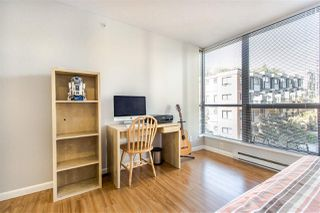 """Photo 12: 404 850 ROYAL Avenue in New Westminster: Downtown NW Condo for sale in """"The Royalton"""" : MLS®# R2400231"""