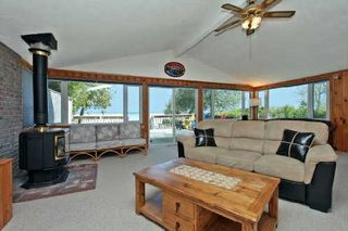 Photo 5: 76 Lakeside Dr, Innisfil, Ontario L9S2V3 in Innisfil: Detached for sale (Rural Innisfil)  : MLS®# N2869905