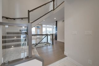 Photo 2: 5747 KEEPING Crescent in Edmonton: Zone 56 House for sale : MLS®# E4181018