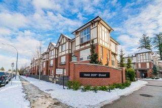 "Photo 2: 72 7848 209 Street in Langley: Willoughby Heights Townhouse for sale in ""Mason & Green"" : MLS®# R2423766"
