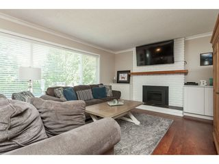 "Photo 3: 3978 198TH Street in Langley: Brookswood Langley House for sale in ""Brookswood"" : MLS®# R2434800"
