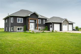 Main Photo: 38 Demarcke Drive in Lorette: R05 Residential for sale : MLS®# 202003075