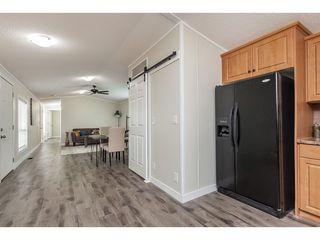 "Photo 12: 4B 26892 FRASER Highway in Langley: Aldergrove Langley Manufactured Home for sale in ""Aldergrove Mobile Home Park"" : MLS®# R2435612"