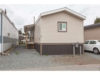 "Main Photo: 4B 26892 FRASER Highway in Langley: Aldergrove Langley Manufactured Home for sale in ""Aldergrove Mobile Home Park"" : MLS®# R2435612"