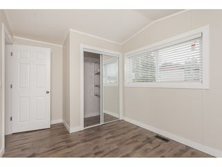 "Photo 15: 4B 26892 FRASER Highway in Langley: Aldergrove Langley Manufactured Home for sale in ""Aldergrove Mobile Home Park"" : MLS®# R2435612"