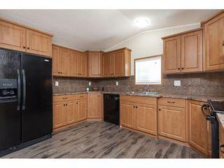 "Photo 9: 4B 26892 FRASER Highway in Langley: Aldergrove Langley Manufactured Home for sale in ""Aldergrove Mobile Home Park"" : MLS®# R2435612"