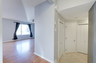Photo 5: 1826 HOLMAN Crescent in Edmonton: Zone 14 House for sale : MLS®# E4189588