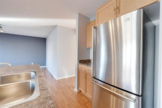 Photo 11: 1826 HOLMAN Crescent in Edmonton: Zone 14 House for sale : MLS®# E4189588