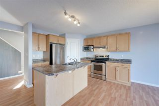 Photo 7: 1826 HOLMAN Crescent in Edmonton: Zone 14 House for sale : MLS®# E4189588
