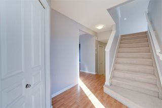 Photo 2: 1826 HOLMAN Crescent in Edmonton: Zone 14 House for sale : MLS®# E4189588