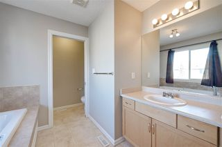 Photo 26: 1826 HOLMAN Crescent in Edmonton: Zone 14 House for sale : MLS®# E4189588