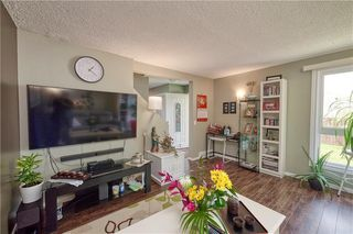 Photo 6: 52 1155 FALCONRIDGE Drive NE in Calgary: Falconridge Row/Townhouse for sale : MLS®# C4300949