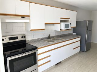 Photo 2: : Westlock House Half Duplex for sale : MLS®# E4208497