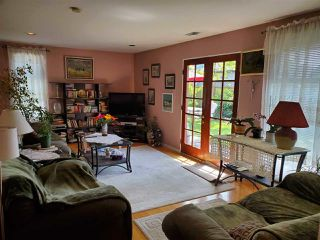 Photo 2: 2232 LONDON Street in New Westminster: Connaught Heights House for sale : MLS®# R2487494