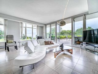 """Photo 6: 305 6093 IONA Drive in Vancouver: University VW Condo for sale in """"Coast"""" (Vancouver West)  : MLS®# R2489520"""