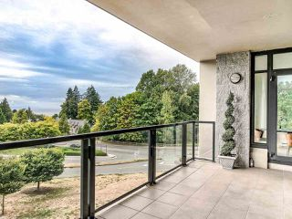 """Photo 20: 305 6093 IONA Drive in Vancouver: University VW Condo for sale in """"Coast"""" (Vancouver West)  : MLS®# R2489520"""