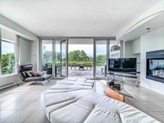 """Photo 9: 305 6093 IONA Drive in Vancouver: University VW Condo for sale in """"Coast"""" (Vancouver West)  : MLS®# R2489520"""