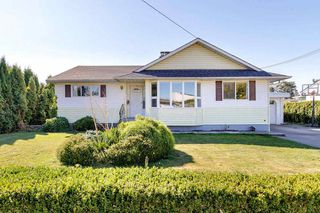 Main Photo: 46070 BROOKS Avenue in Chilliwack: Chilliwack E Young-Yale House for sale : MLS®# R2497551