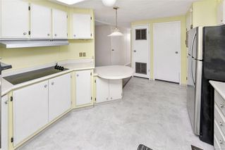 Photo 14: 22 1498 Admirals Rd in : VR Glentana Manufactured Home for sale (View Royal)  : MLS®# 856658
