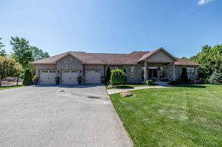 Photo 2: 2769 Lockhart Rd in Innisfil: Rural Innisfil Freehold for sale : MLS®# N5059339