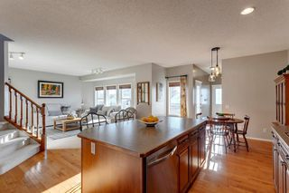 Photo 7: 68 Prestwick Estate Way SE in Calgary: McKenzie Towne Detached for sale : MLS®# A1057649