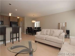 Photo 4: 1273 Goldstream Ave in VICTORIA: La Langford Lake House for sale (Langford)  : MLS®# 598740