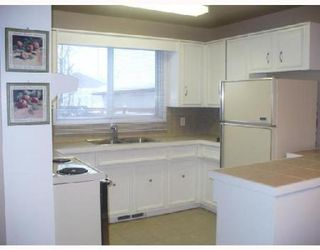 Photo 3: 55 JAMES CARLETON DR.: Residential for sale (Maples)  : MLS®# 2822473