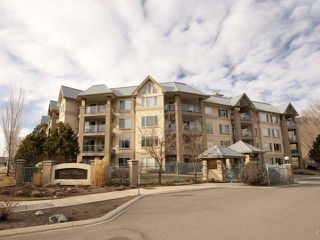 Photo 1: Kamloops condo living with river access