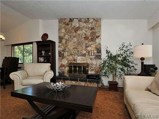 Photo 2: 2774 Kristina Pl in VICTORIA: La Fairway House for sale (Langford)  : MLS®# 612437