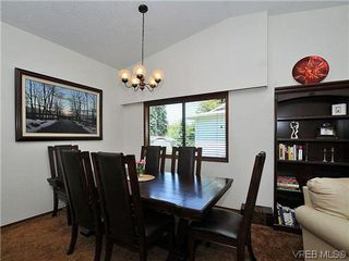 Photo 5: 2774 Kristina Pl in VICTORIA: La Fairway House for sale (Langford)  : MLS®# 612437