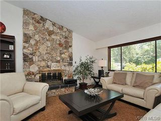 Photo 3: 2774 Kristina Pl in VICTORIA: La Fairway House for sale (Langford)  : MLS®# 612437