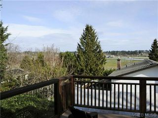 Photo 12: 1356 Columbia Ave in BRENTWOOD BAY: CS Brentwood Bay House for sale (Central Saanich)  : MLS®# 640784