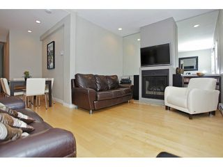 Photo 12: 450 W 15TH AV in Vancouver: Mount Pleasant VW Townhouse for sale (Vancouver West)  : MLS®# V1015550
