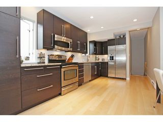 Photo 4: 450 W 15TH AV in Vancouver: Mount Pleasant VW Townhouse for sale (Vancouver West)  : MLS®# V1015550