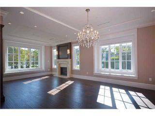 Photo 2: 2695 W 33RD Avenue in Vancouver: MacKenzie Heights House for sale (Vancouver West)  : MLS®# V1021725