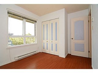 Photo 11: 403 4950 MCGEER STREET in Vancouver: Collingwood VE Condo for sale (Vancouver East)  : MLS®# V1142563