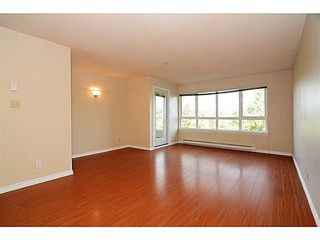 Photo 2: 403 4950 MCGEER STREET in Vancouver: Collingwood VE Condo for sale (Vancouver East)  : MLS®# V1142563
