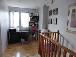 Photo 10: 218 E 10TH STREET in North Vancouver: Central Lonsdale Townhouse for sale : MLS®# R2045615