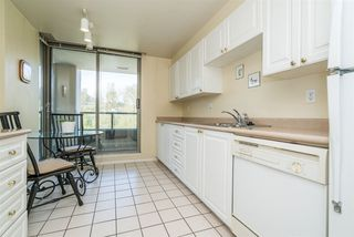 Photo 8: 805 3070 GUILDFORD WAY in Coquitlam: North Coquitlam Condo for sale : MLS®# R2261812