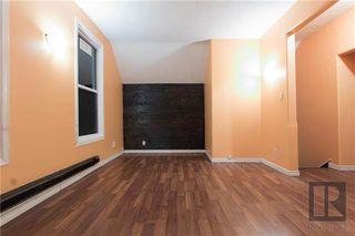 Photo 3: 122 Aikins Streets in Winnipeg: Duplex for sale (4A)  : MLS®# 1910102