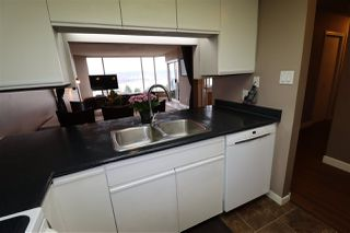 "Photo 9: 803 1065 QUAYSIDE Drive in New Westminster: Quay Condo for sale in ""Quayside Tower II"" : MLS®# R2417737"