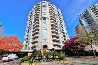 "Photo 1: 803 1065 QUAYSIDE Drive in New Westminster: Quay Condo for sale in ""Quayside Tower II"" : MLS®# R2417737"